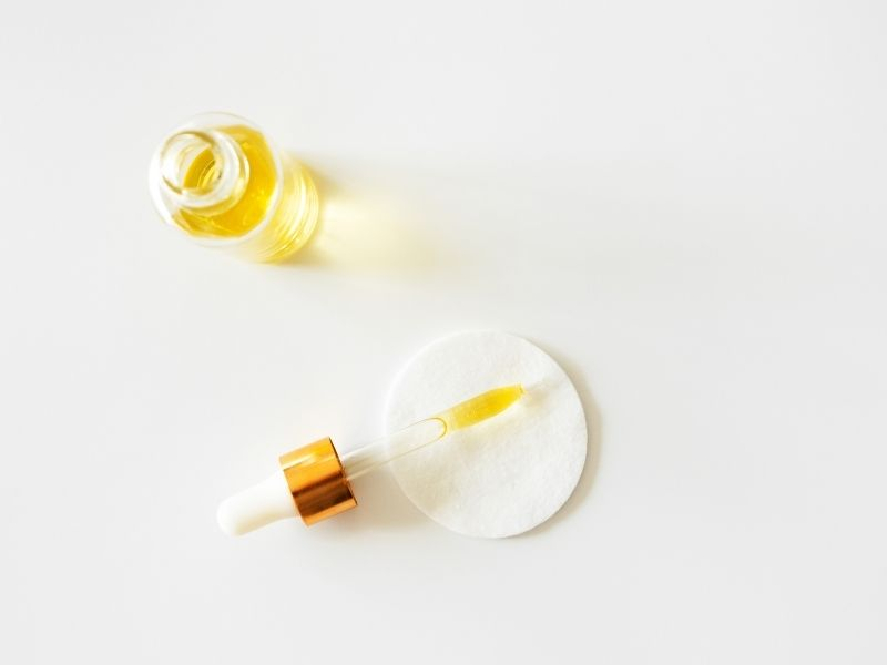 prirodni serum za obrve